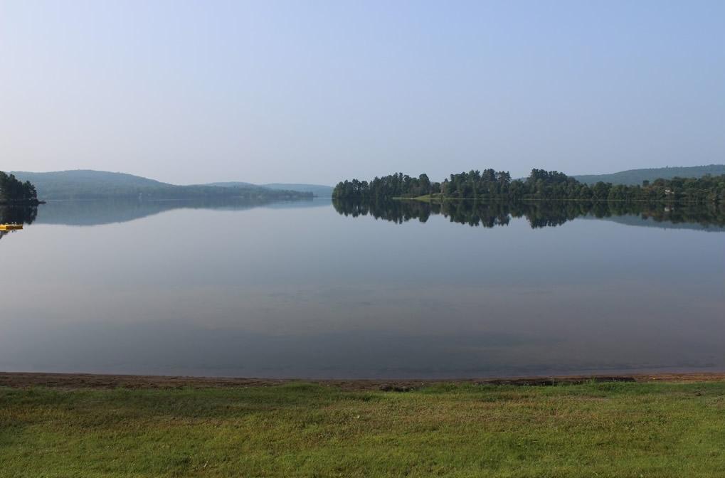a beautiful lake view at Lakeshore park